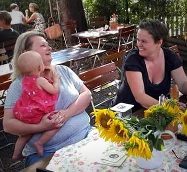 Sanne Kurz Biergartentour Landtagswahl Bayern Perlach Sanne zum Anquatschen_grad