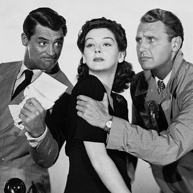 Cary Grant ärgert sich wie viele Schauspieler über Papierkram