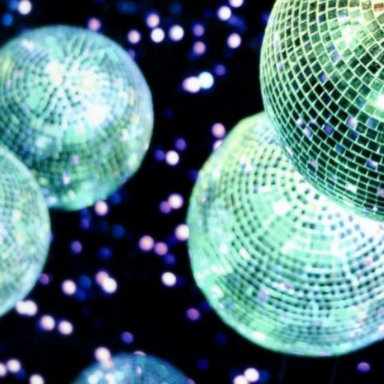 Club Nachtkultur Tanzen Glitzer Discokugel - Lass Krachen für Kultur Gruene Bayern Grüne Die Grünen Sanne Kurz