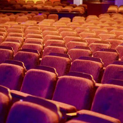 Zuschauerraum Theater_ Aerosole_Studie_Kultur ist sicher_Grüne_Landtag_Bayern_Sanne Kurz