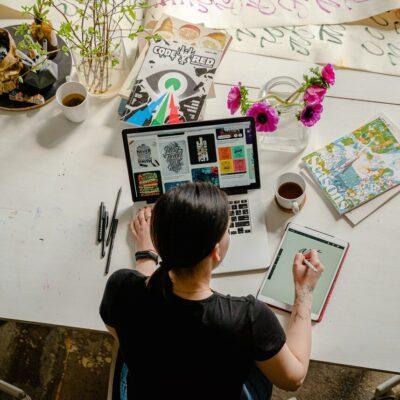 Kultur und Kreativwirtschaft 1 Jahr 2. Kreativwirtchaftsbericht Prognos AG Aiwanger Wirtschaftsminister Sanne Kurz Grüne Bayern Landtag Bayerischer Landtag_