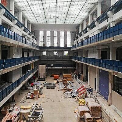 gasteig interim HP8 Bibliothek stadtbibliothek halle E Trafo Halle München OpenLibrary